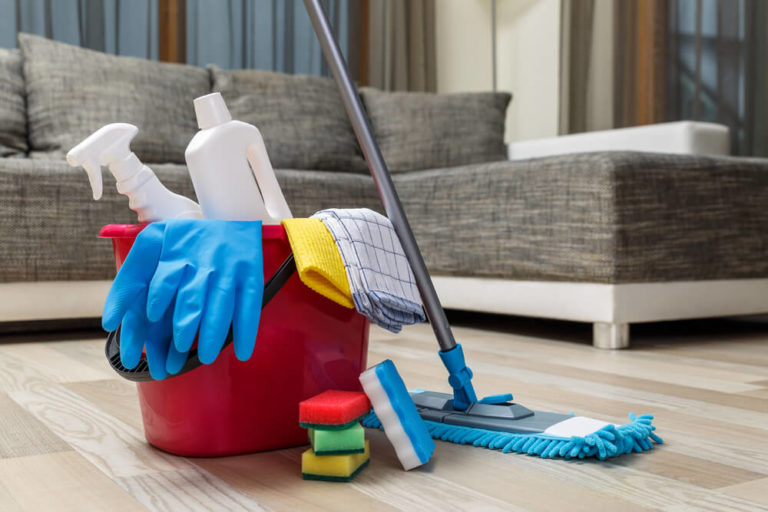 What Do You Need to Have for The Best Way to Clean Outside Windows?